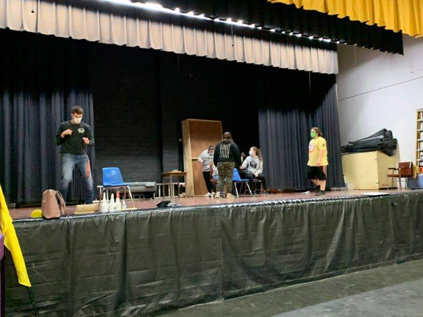 Play pics students on stage