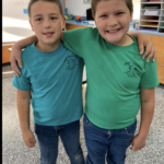 picture of 2 third grade students on twin day